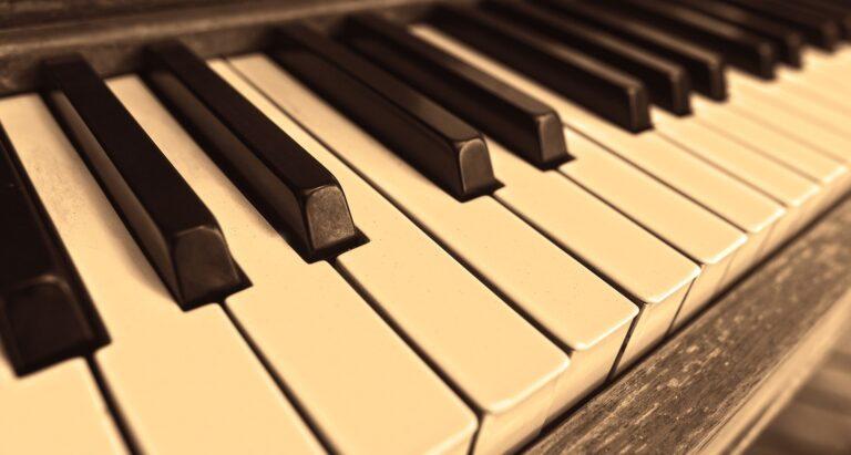 piano moving service in chicago, aldens piano, piano movers in chicago