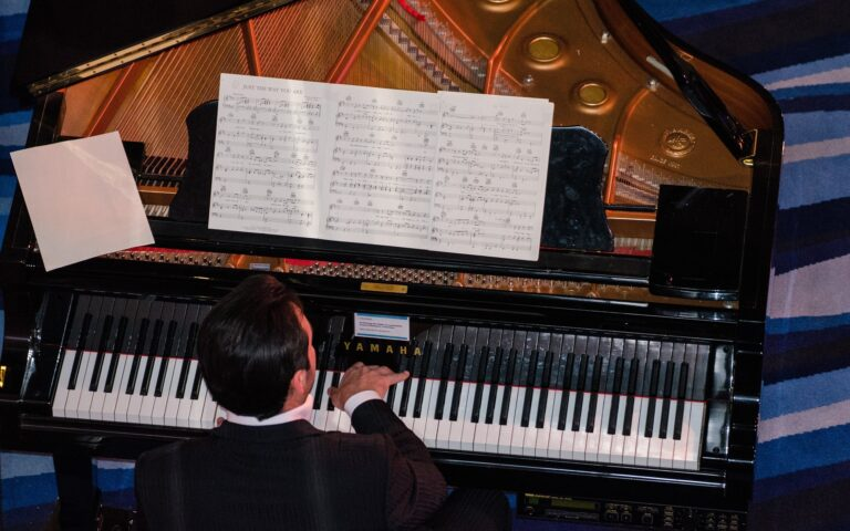 piano moving service in chicago, chicago piano movers, aldens piano