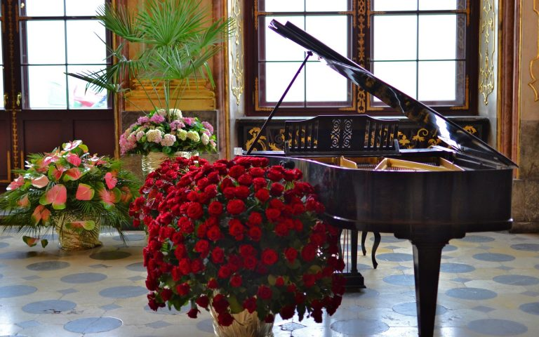 rent a piano chicago, chicago piano rentals, rent piano for event in chicago