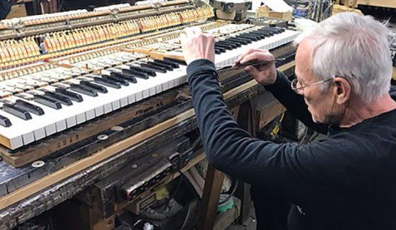 chicago professional piano repair, repair pianos in chicago, chicago piano repair