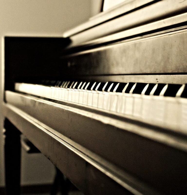 piano movers near me, moving pianos in chicago, moving pianos in milwaukee
