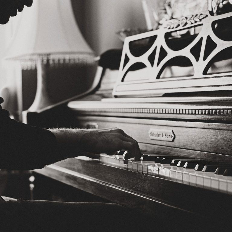 piano services near me, trusted piano professionals, piano professionals in Chicago