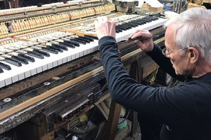 piano repairs in chicago, professional piano repairs, piano technicians in chicago