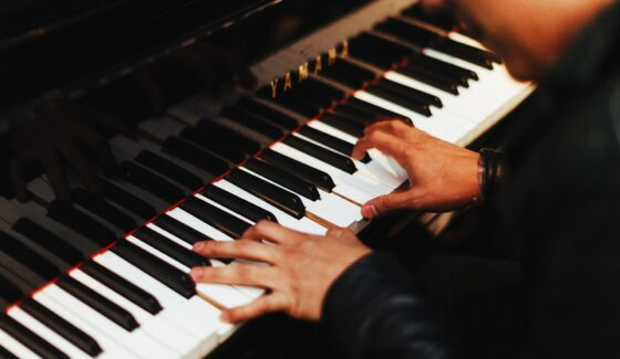 piano tuners in chicago, chicago piano tuning service, piano tuning chicago